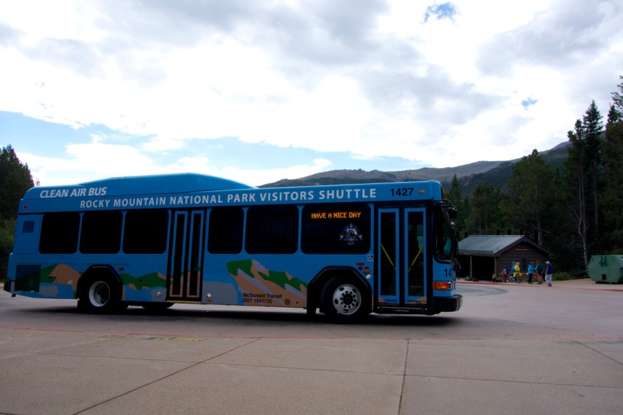 Free shuttle, Rocky Mountain Naitonal Park | Intentional Travelers